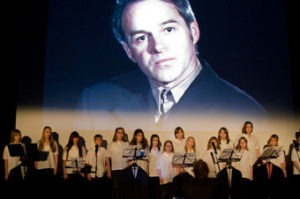 """Father Transformer and the Choir"" (live performance, 2009, opening 55th Oberhausen Filmfestival)."